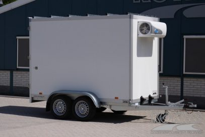 Koelwagen 300x150x200 met vleeshangsysteem